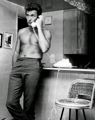 la llamada telefónica de Clint Eastwood.