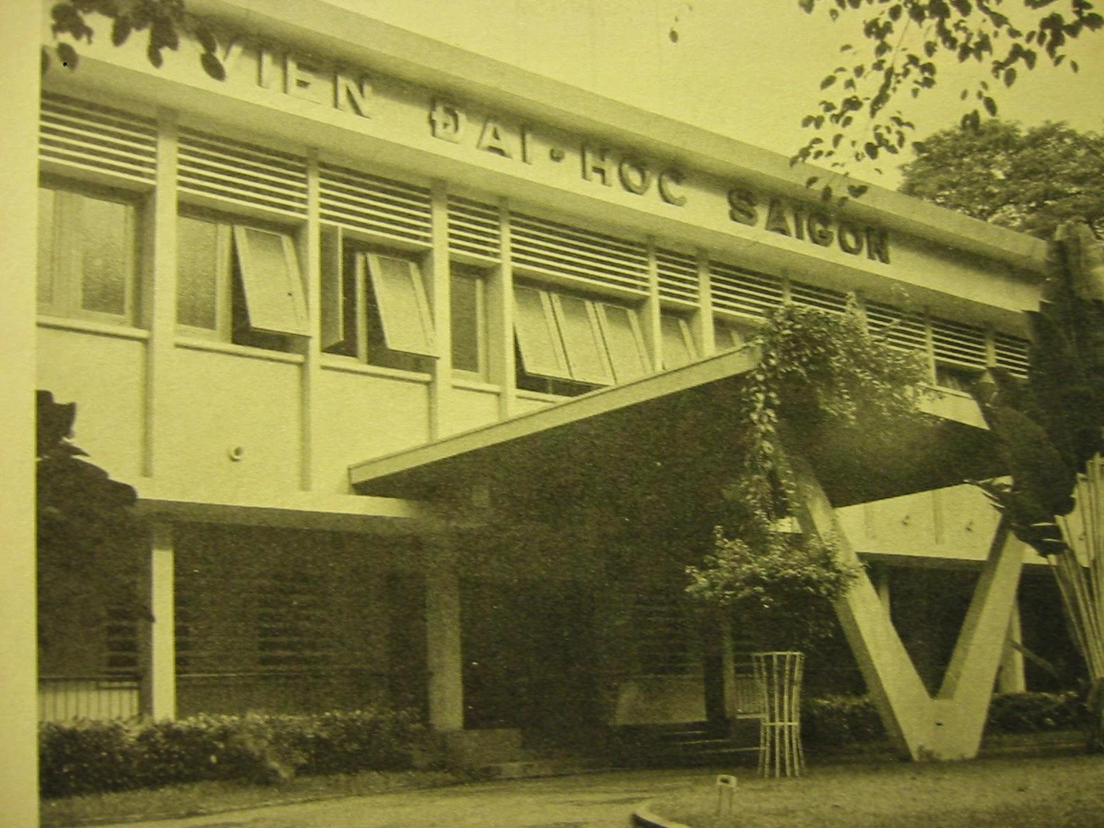 Một trải nghiệm về dạy và học môn Việt văn ở Miền Nam trước 1975