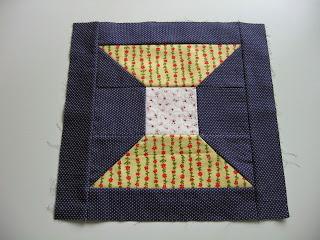 Blok BOM In the beginning quilt