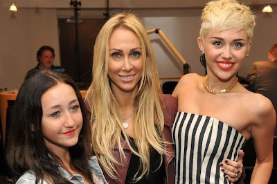 miley cyrus and family 2013