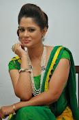 Shilpa chakravarthy sizzling photos-thumbnail-9