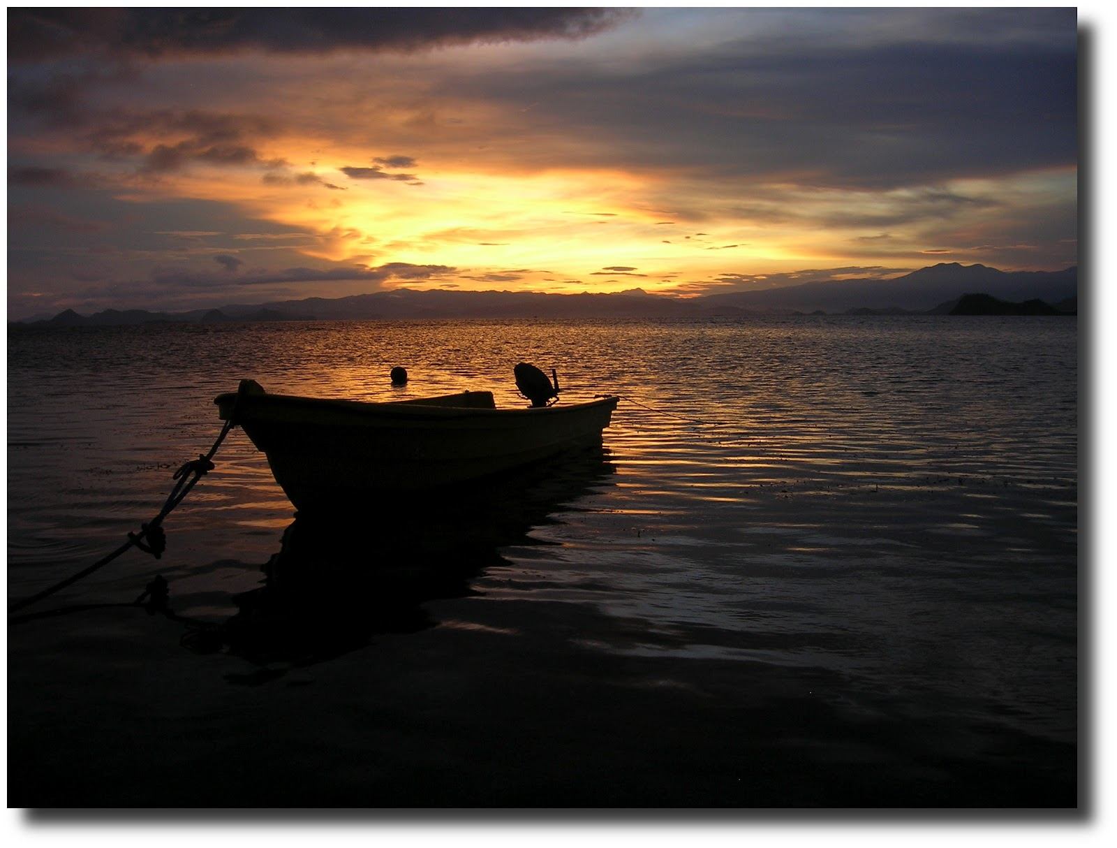 isla kanawa, isla flores, indonesia, vuelta al mundo, round the world, La vuelta al mundo de Asun y Ricardo, mundoporlibre.com
