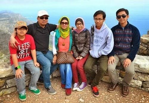 MH17 Keluarga Tambi Jiee Akhirnya Bersama Semula