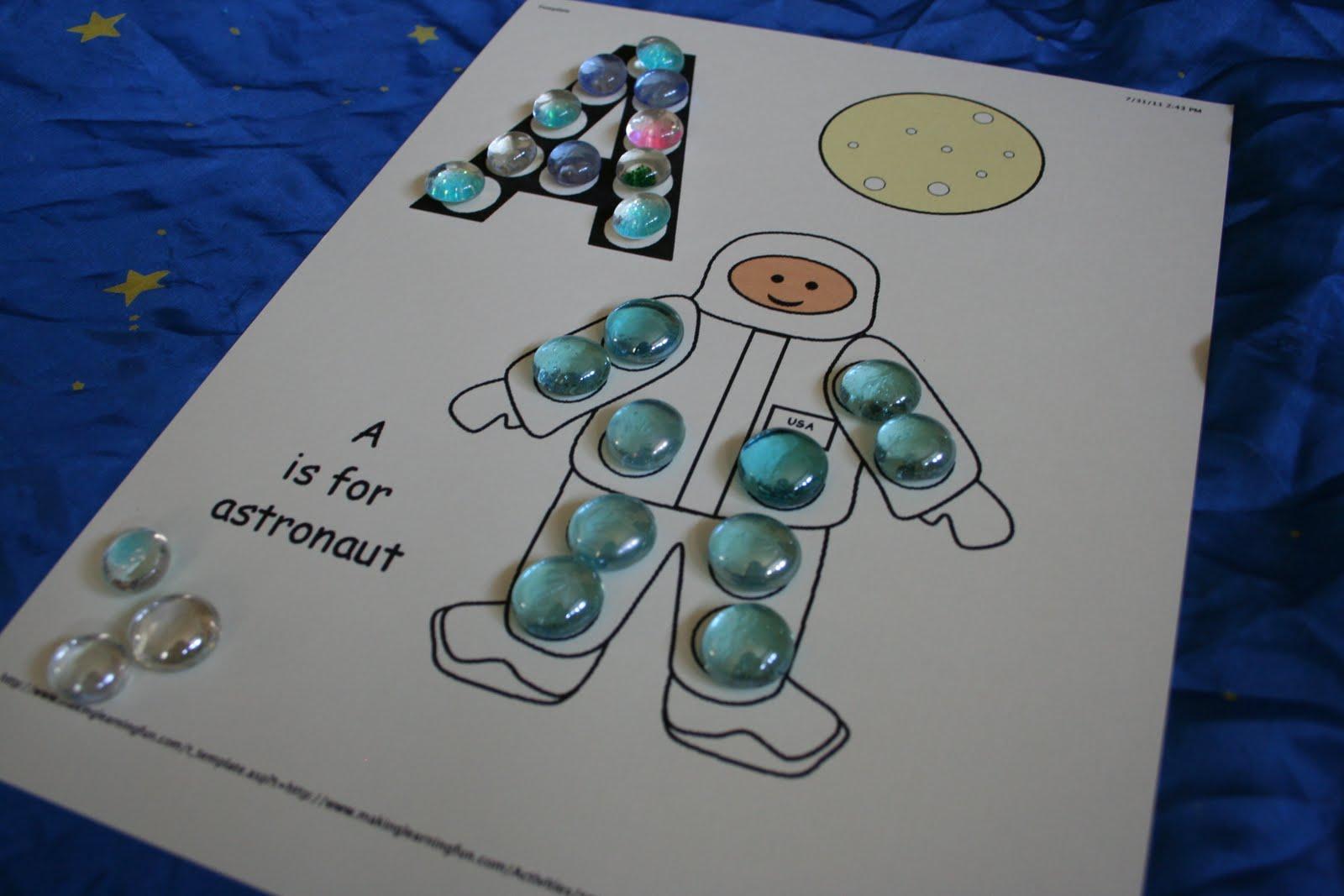 astronaut activities for pre k - photo #42