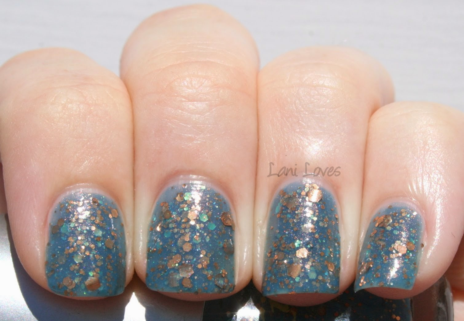 Star Kin Holiday Dreaming Swatch