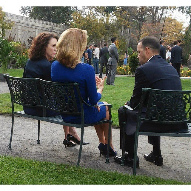 Photos t a leoni and bebe neuwirth on set of 39 madam for Is bebe neuwirth leaving madam secretary