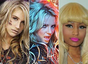 "Britney Spears, Ke$ha y Nicki Minaj: ""Til the world ends"""