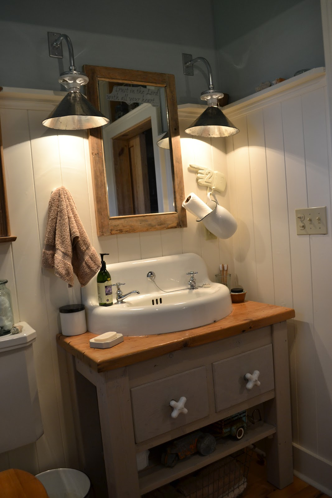 Vanity Lights Farmhouse : The 1829 Farmhouse: farmhouse tour: bathroom