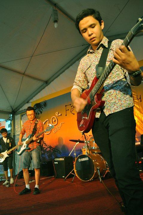 UMAR(2nd guitar)