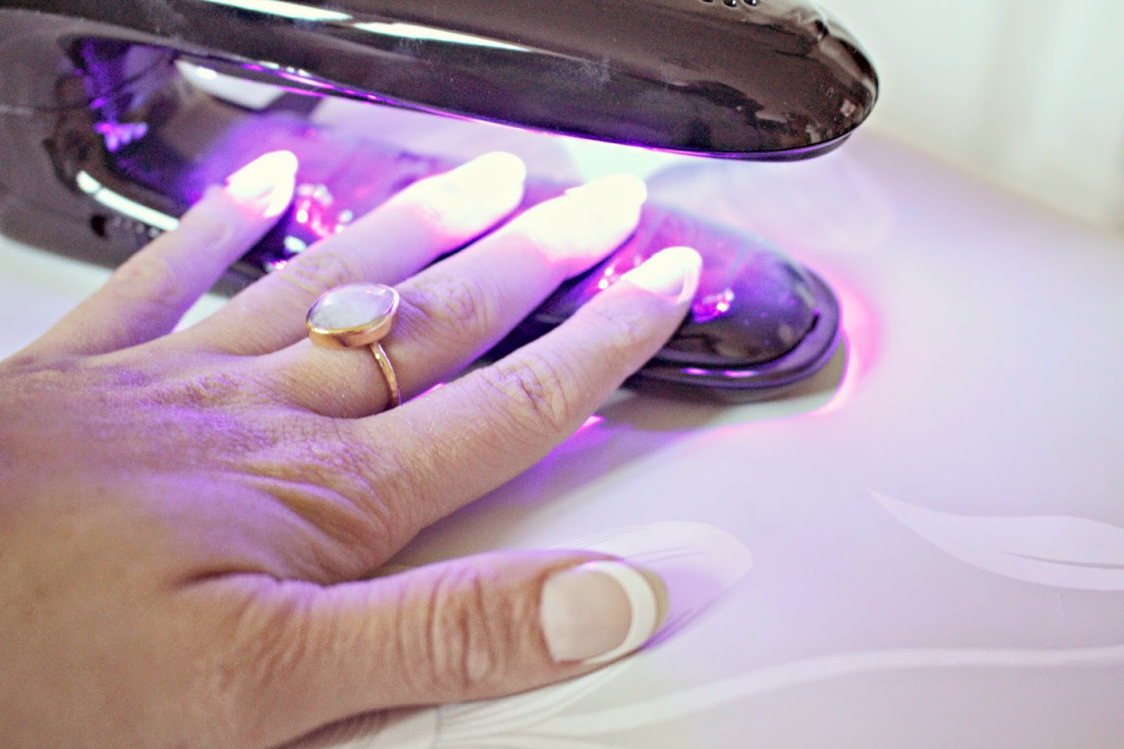 Red carpet french manicure instructions