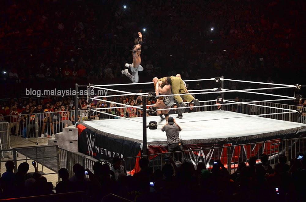 WWE Malaysia 2014 Tag Team Match