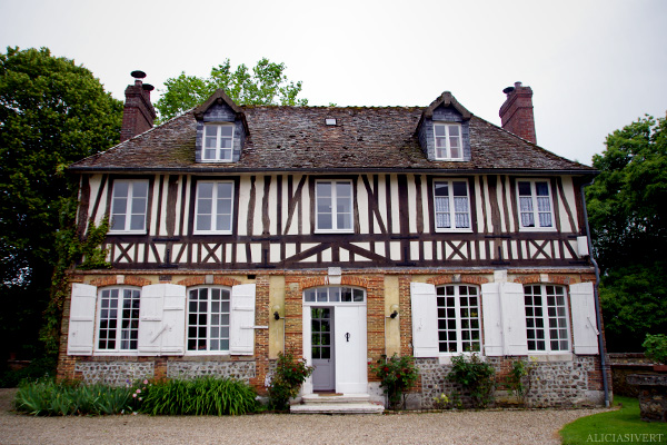 aliciasivert, alicia sivertsson, frankrike, france, normandy, normandie, hus, house, la saussaye