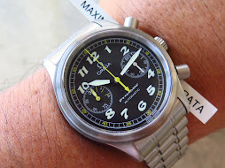 OMEGA DYNAMIC CHRONOGRAPH - AUTOMATIC - MINTS CONDITION - FULLSET BOX AND PAPERS