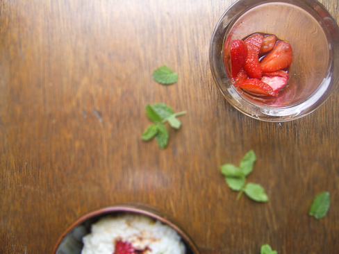 ... mama's dinner!: Strawberry balsamic rice pudding | Never have I ever