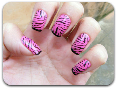 Unhas decoradas com animal print