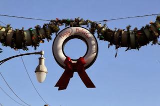 Decoracion para Navidad con Neumaticos Reciclados