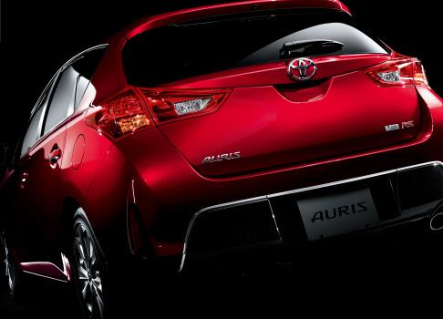 Toyota+Auris+5.jpg