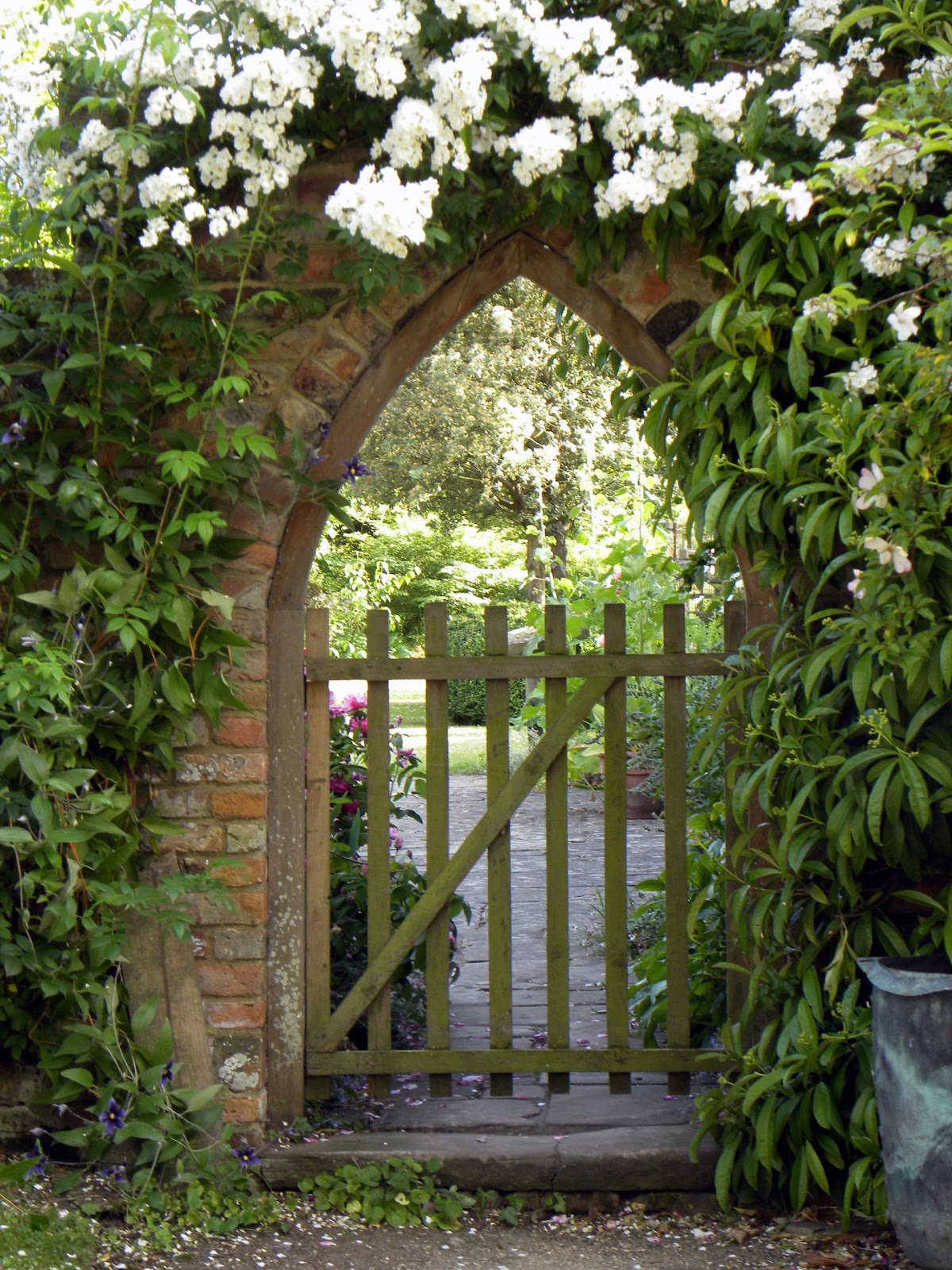 Moments of delight anne reeves secret garden for Garden door designs