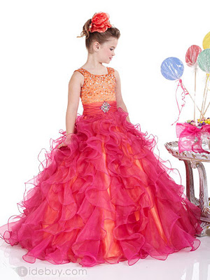 Elegante Kleider für Mädchen 2013 (2 ° Teil)