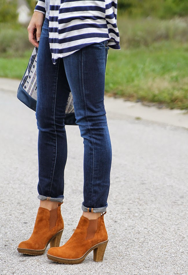 Duo ankle boots, dark cuff denim