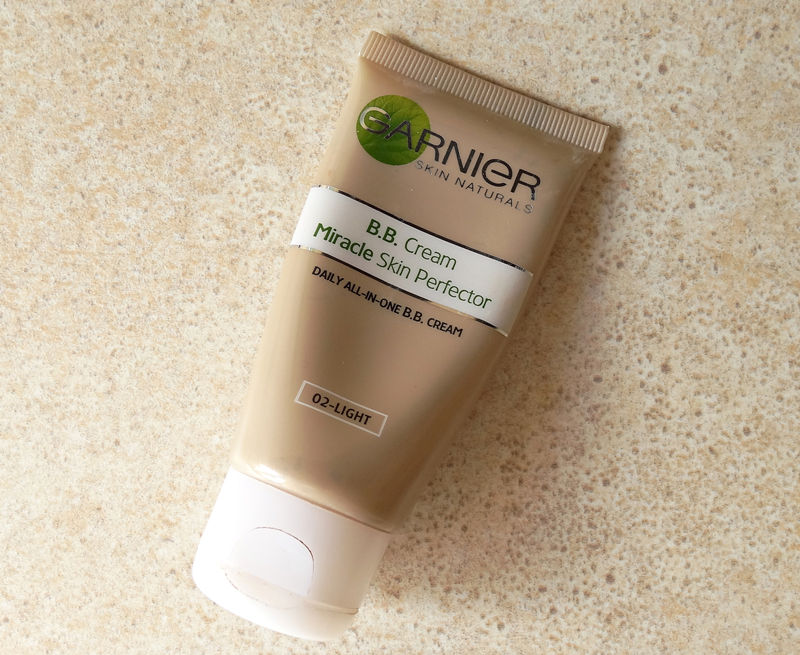 "Garnier BB Cream Miracle Skin Perfector ""Light"" - dla mnie bubel"