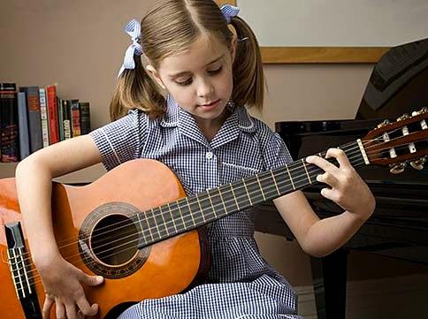 Dengan Belajar Musik Mampu Meningkatkan Berbahasa Anak