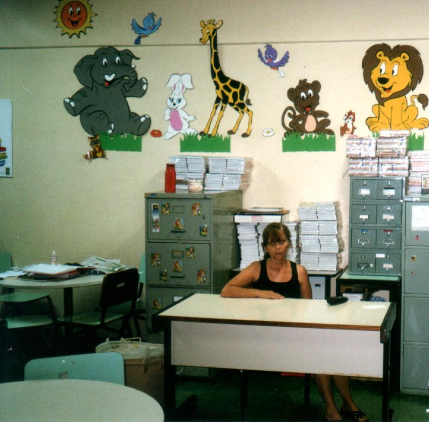 Elaine Braga, nossa colega na biblioteca em 2002