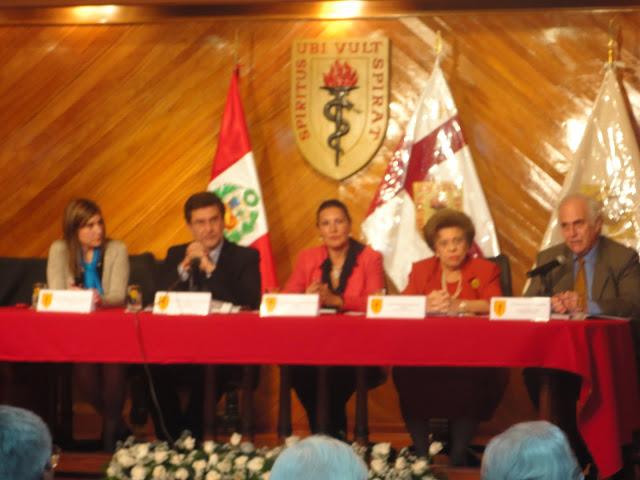 LIBRO  DE ORO U.P.C.H. 50 AÑOS  PRESENTACION  22 DE NOVIEMBRE  2011