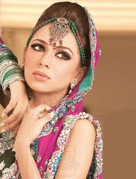 Latest Pakistani fashion from Pakistani Designers