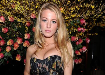 Blake Lively Cheerleader on Blake Lively American Female Hollywood Star Profile Bio   Photos 2012