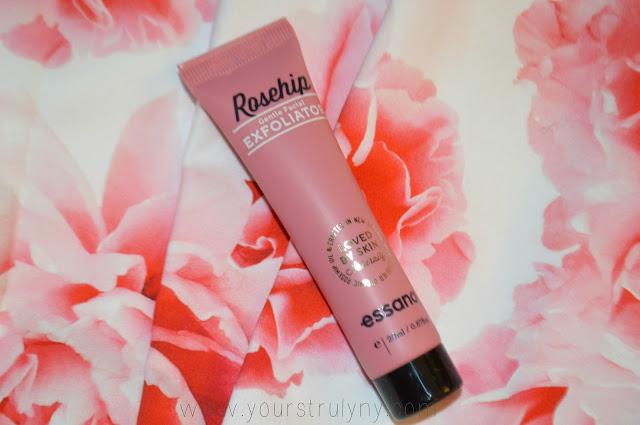 Rosehip Gentle Facial Exfoliator