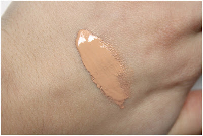 "Physicians Formula Organic Wear Work It! Tinted Moisturizer in ""Light"""