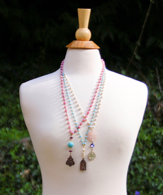 https://www.etsy.com/listing/226692428/buddha-pendant-pearl-necklace-bohemian?ref=shop_home_active_6&ga_search_query=pearl