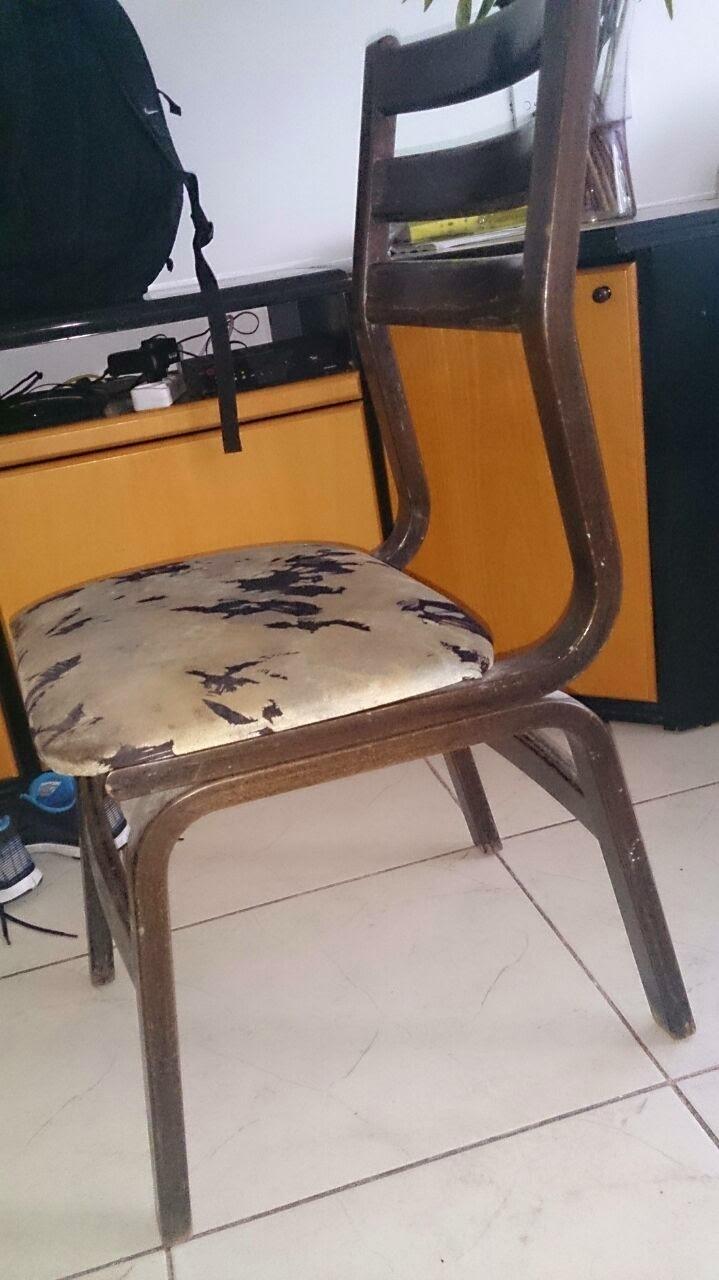ריפוד מחדש של כסאות מטבח