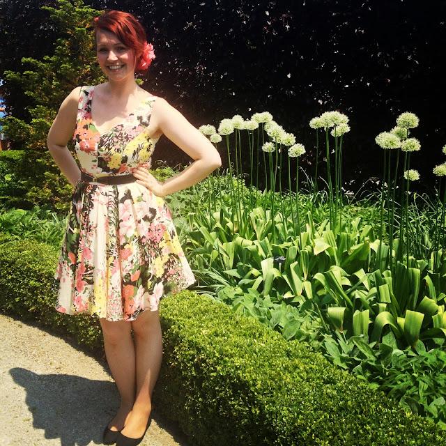 Ashley Gibson, Toronto Botanical Garden, dresses, flowers