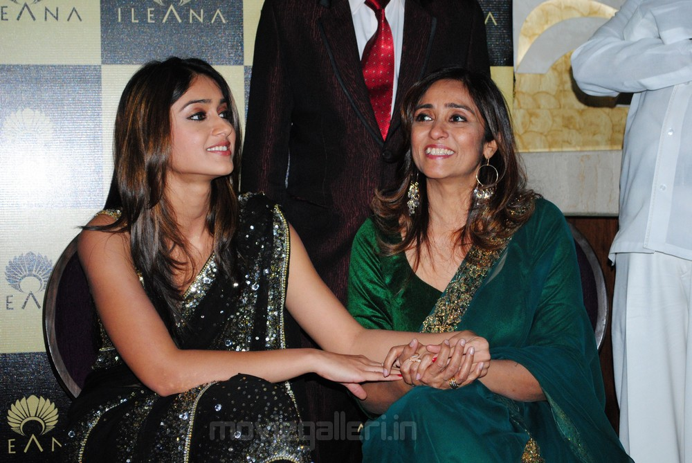 Ileana With here Mom&lt;br /&gt;