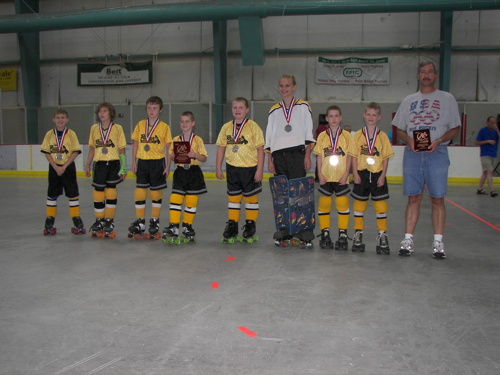 2012 Midget Division 2nd Place Cumberland Raiders