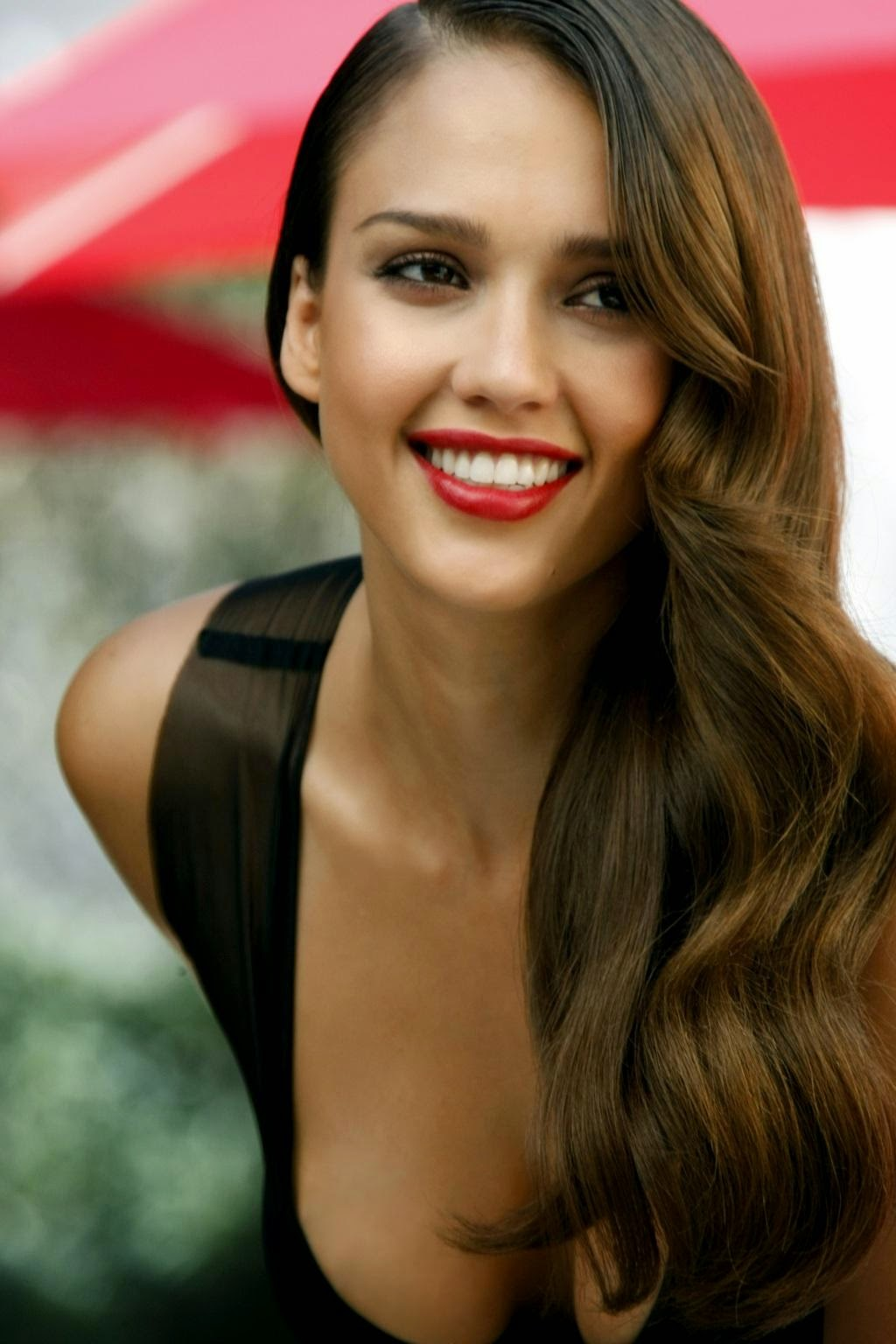 Cute HairStyle Celebrity Jessica Alba Cute Long Hairstyle