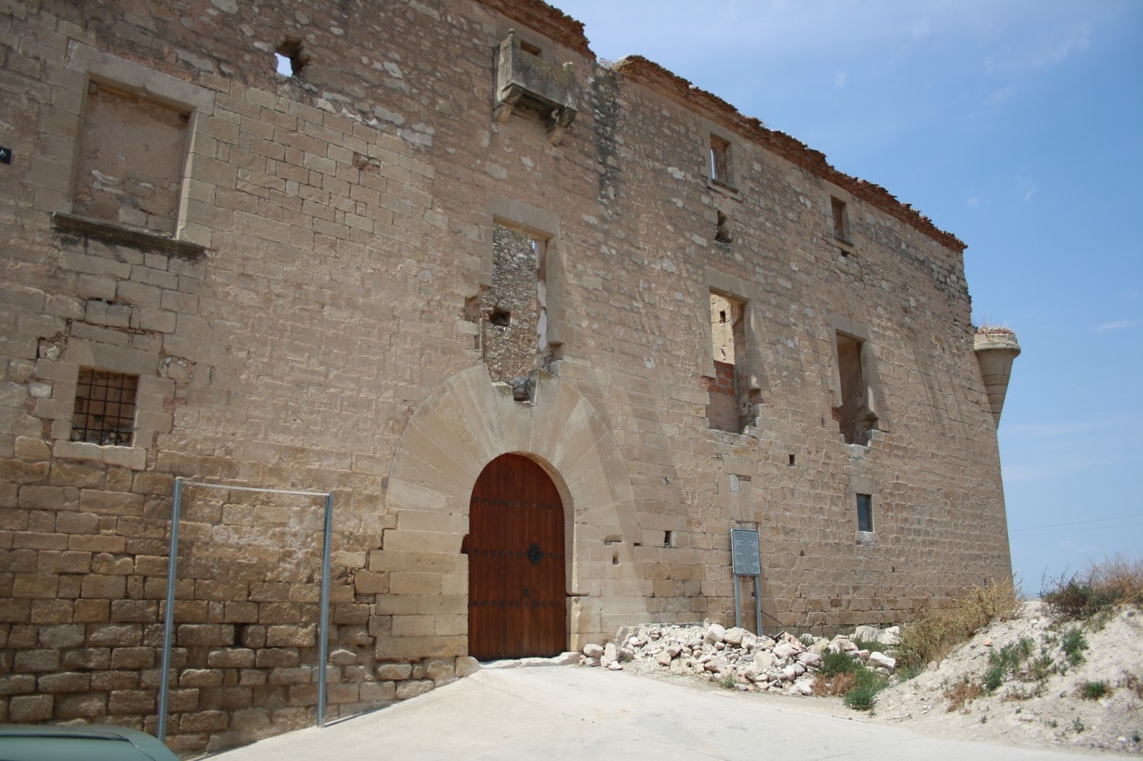 Relat el castell de mald l urgell juss lleida for Malda lleida