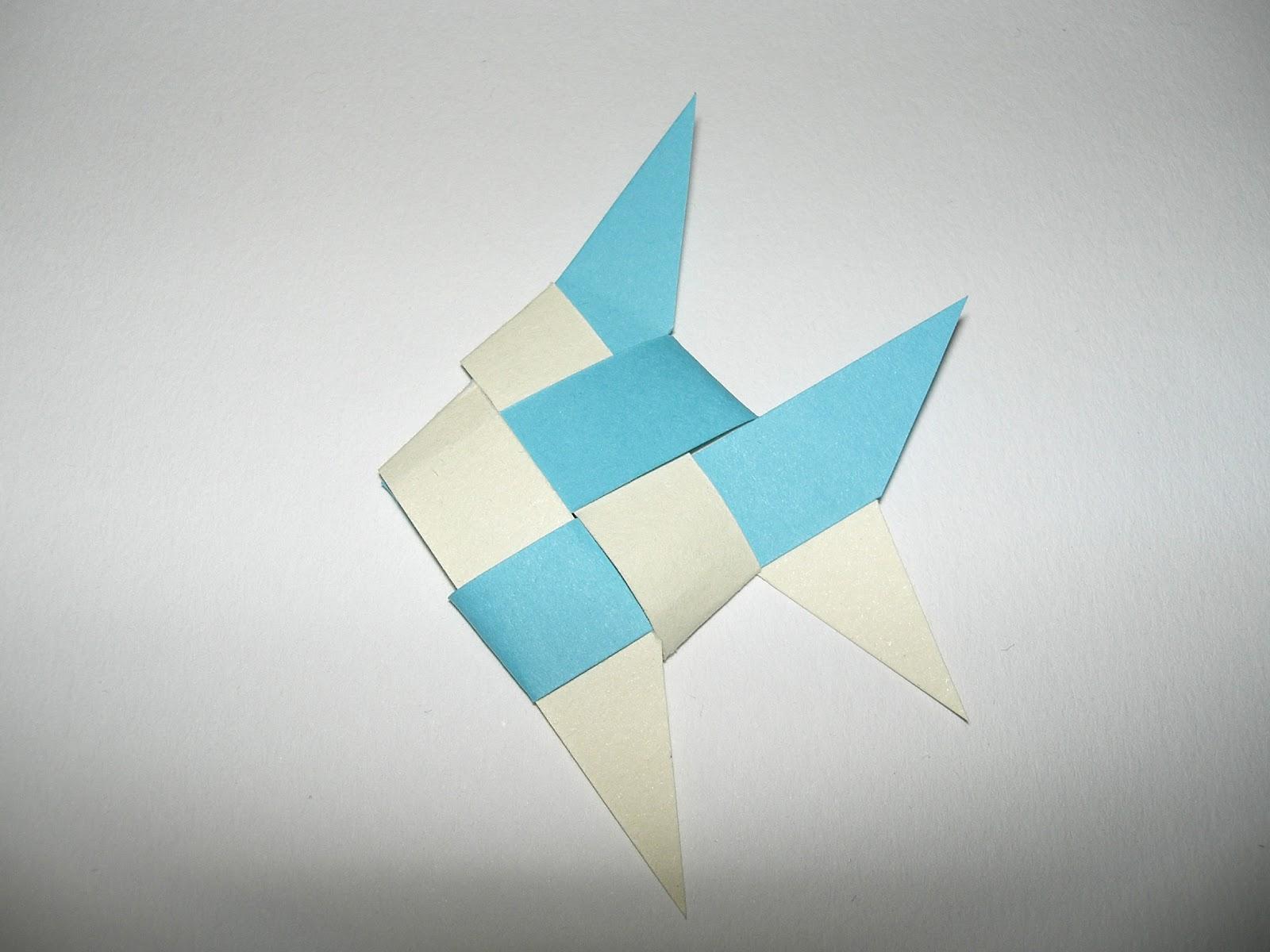 gabulle in wonderland guirlande de poissons en origami tuto. Black Bedroom Furniture Sets. Home Design Ideas