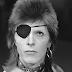 Fans David Bowie herdenken zanger op muziekdiensten