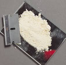 resimler, kokain resim, crack resim, kokain neye benziyor, kokainin şekli, kokain nasıl içilir, kokain içme video, kokain rengi, taş crack, kokain burundan,