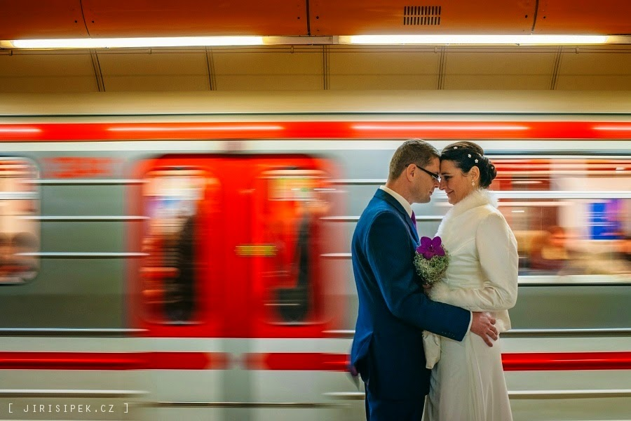 amazing wedding portrait in the Prague subway