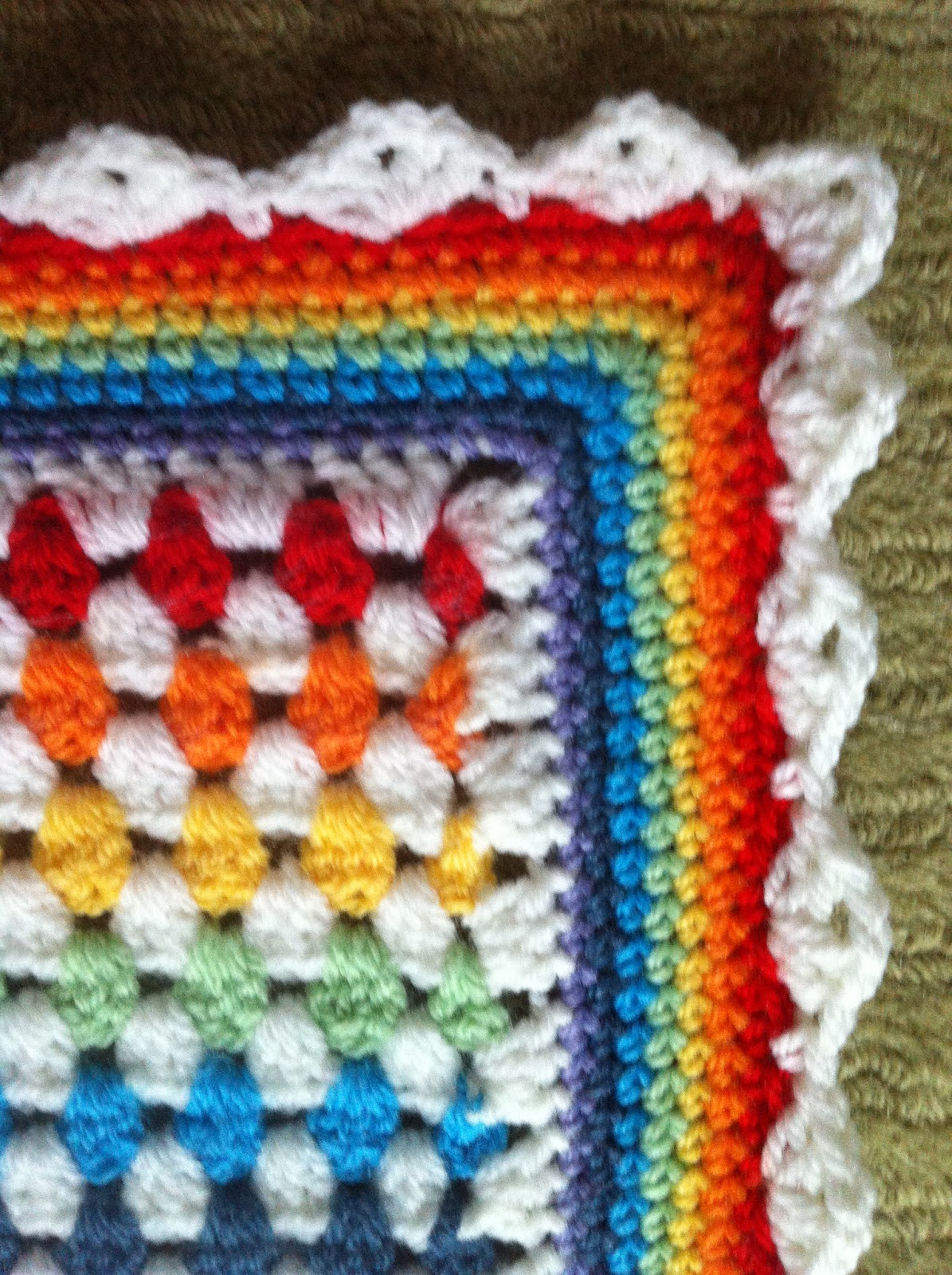 Crochet Granny Stripe Baby Blanket Pattern : 1000+ ideas about hekel on Pinterest Granny Squares ...