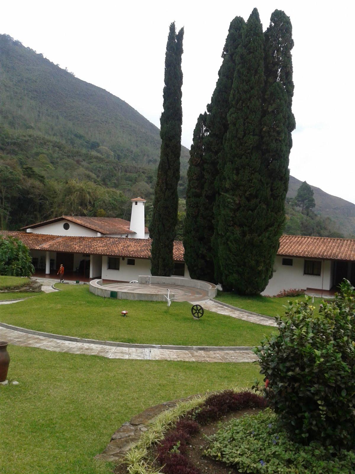 Vista de la parte central de La Casa Nazaret, lugar del retiro