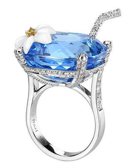 http://1.bp.blogspot.com/-vwT3-csa25A/Tlc_9mXNBJI/AAAAAAAAElw/VVhXUSz7bZY/s1600/Bridal+Cocktail+Rings+Collection+From+Piaget+Limelight+%25283%2529.jpg