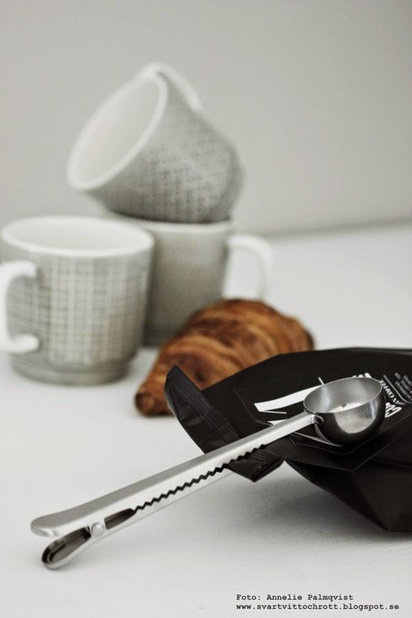 kaffe nicolas vahé, webbutik, webshop, webbutiker, sked med clips, annelies design interior, annelies design, svart och vitt, svartvit, svartvita förpackningar, kaffet, kaffesked, kaffeskopa, skopa, skopor,