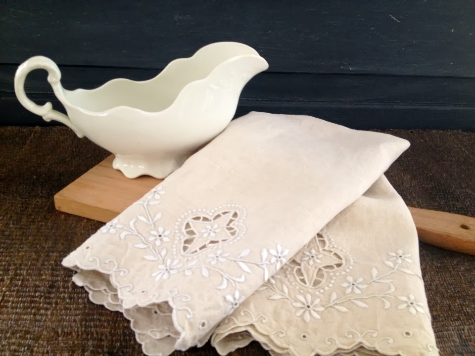 https://www.etsy.com/listing/178763037/vintage-linen-lot-no6-set-of-two-linen?ref=shop_home_active_10
