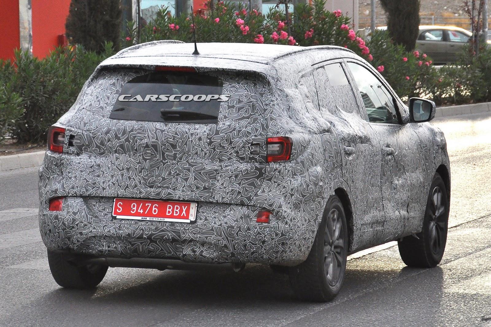 2016-Renault-Koles-SUV-10.jpg