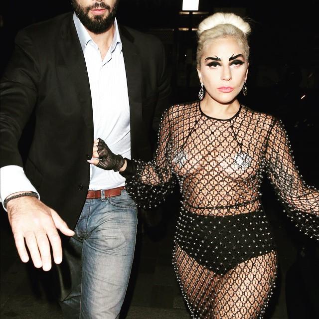 Traje transparente de Lady Gaga